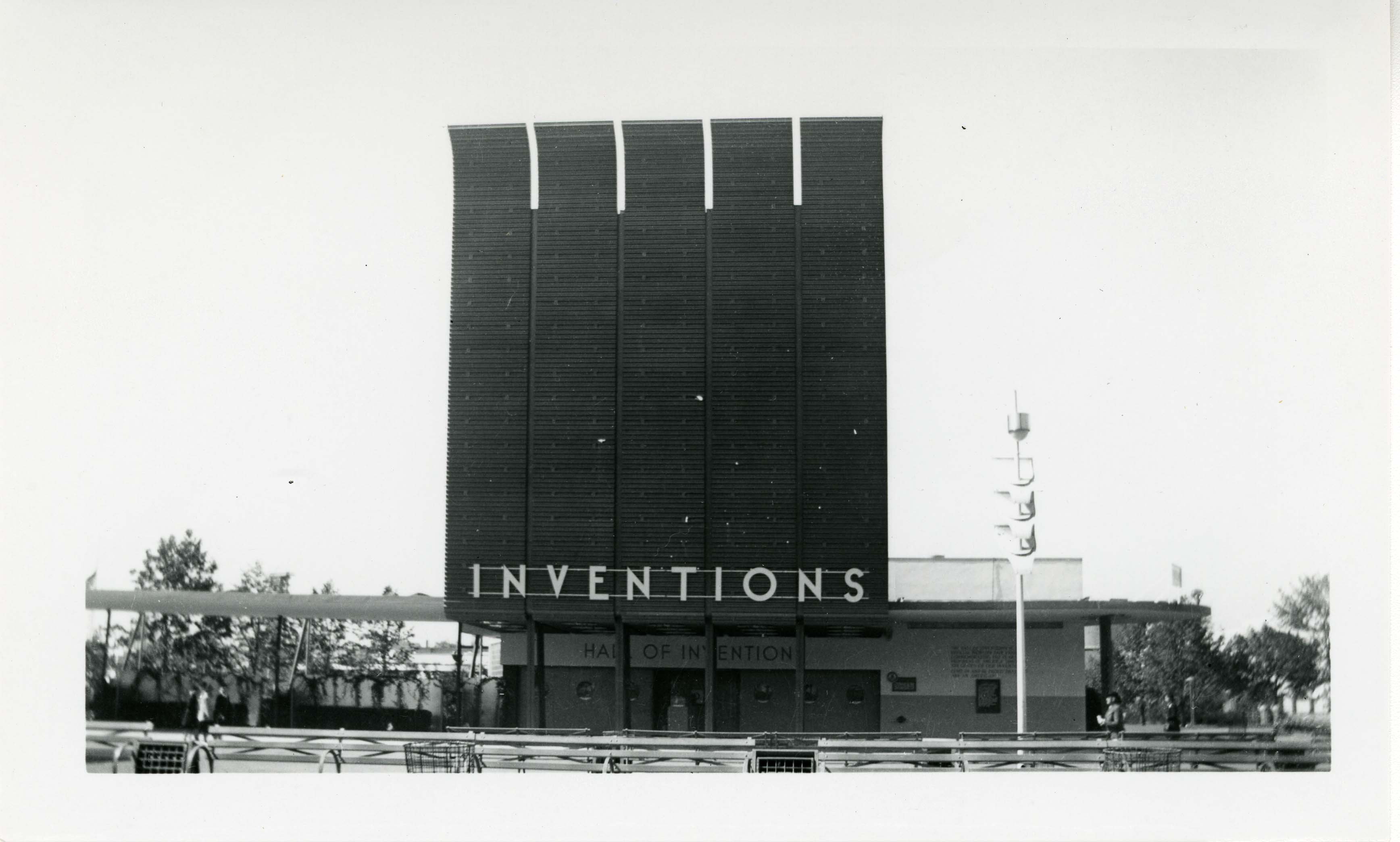 Photograph, Hall of Inventions, New York World's Fair, 1940 (AC0560-0000049)